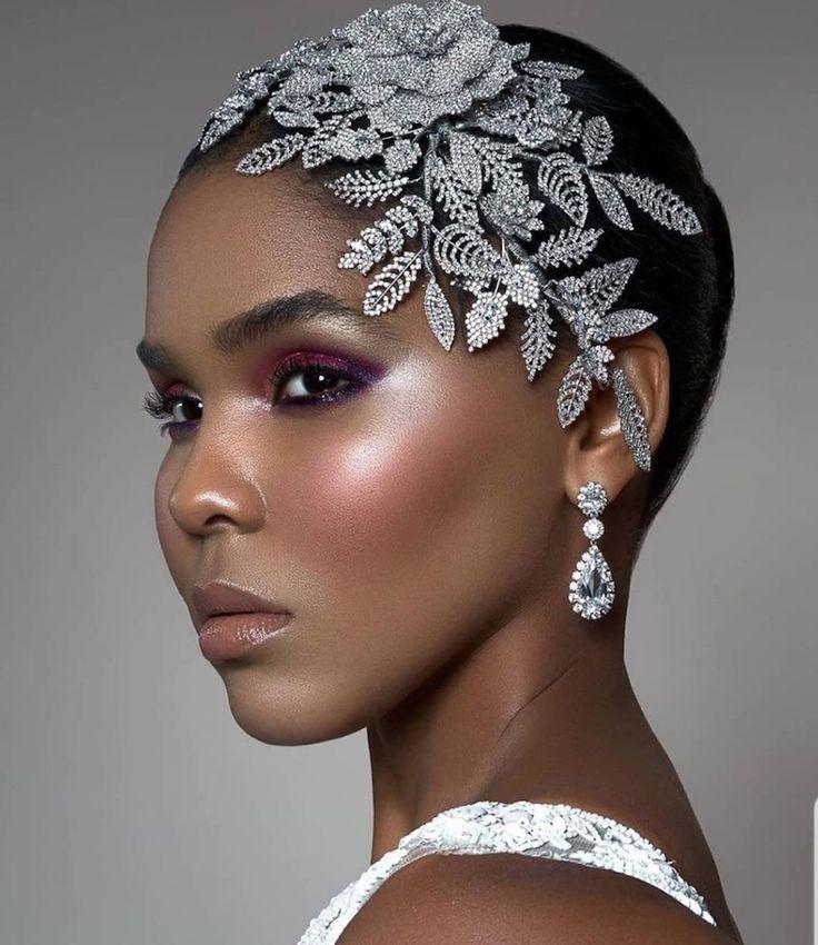 14 Beautiful Wedding Hair Accessories
