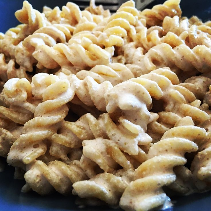 #Fusilli con #crema di #noci 😍...ovviamente tritate qualche istante prima!  Trovate la ricetta su www.ricettelastminute.com ☺️ . . #ricette #ricetta #italia #italian #italy #sicilia #sicilian #sicily #catania #igers #igersitalia #igerscatania #me #food #foodie #foodporn #foodpic #foodblogger #foodstagram #foodlover #pasta #pasta