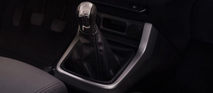 Chevrolet Colorado High Country được nâng cấp vượt trội cả nội và ngoại thất. Khuyến mại cực khủng. Hotline: 0968.605858