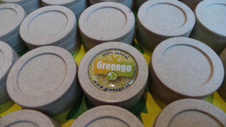 Available soon! The Greengo grinder hemp and hemp Greengo rolling tray , made of biodegradable hemp plastic.