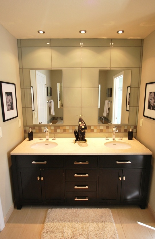 Floor Tile, Vanity, Counter Top, Recess Lights