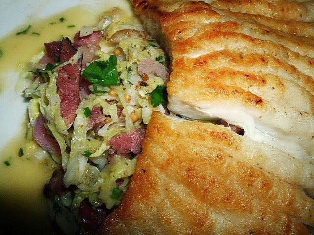 Raie marinée, cuite au beurre.  Cuisinez ce poisson de saison, avec cette ancienne recette qui offre une belle alternative à la raie au beurre noir. Marinée…