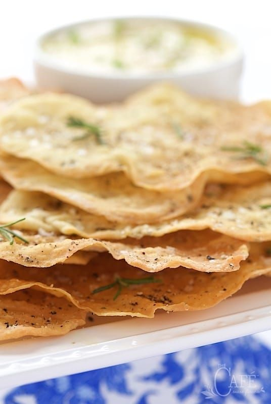 Lemon Rosemary Flatbread Crackers - everyone goes crazy over these shatteringly crisp crackers. They're perfect with hummus, dips, soups and salads!