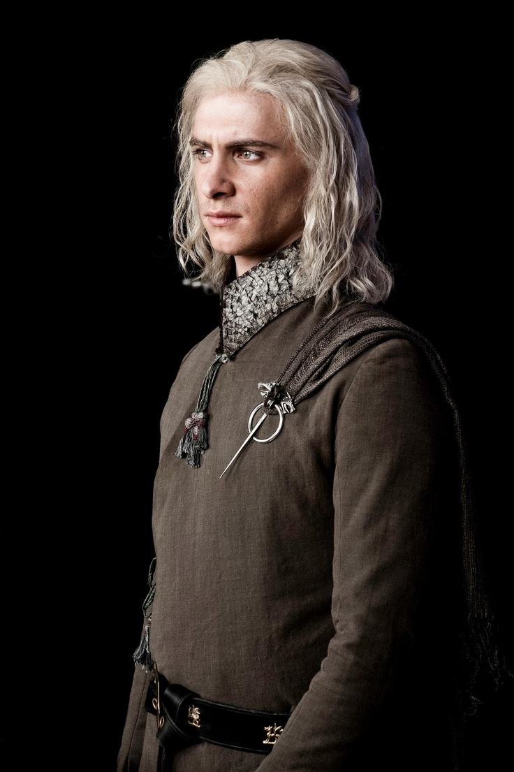 Viserys Targaryen. https://se.pinterest.com/lovebooksabove/game-of-thornes-jewellery/