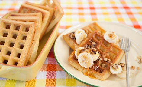Breakfast: Epicure's Banana Whole-Wheat Walnut Waffles (240 calories/serving) serve with Greek yogurt