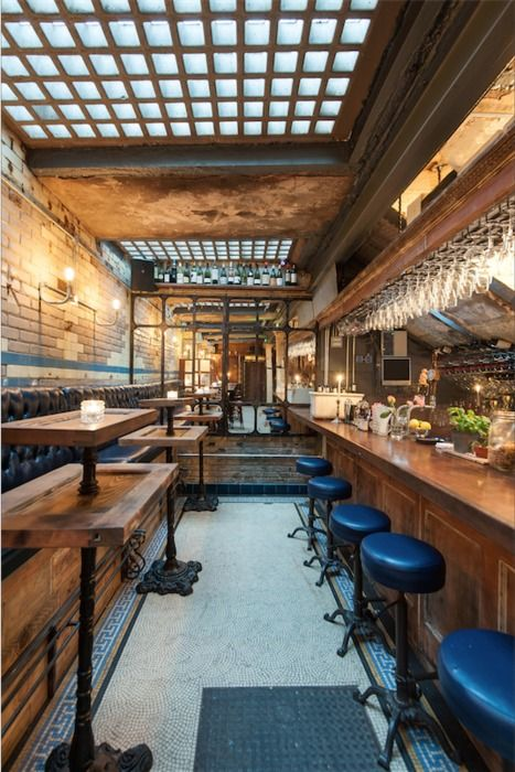WC (London) / Restaurant or Bar in a heritage building / Jayke Mangion & Andy Bell