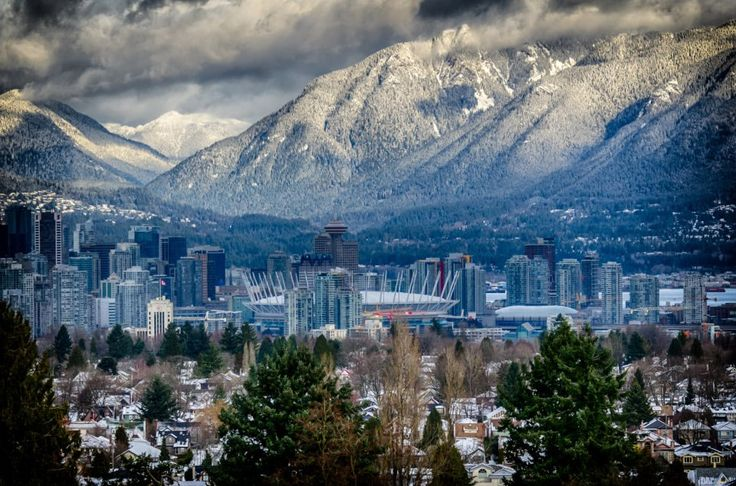 beautiful-view-of-grouse-mountain,-vancouver
