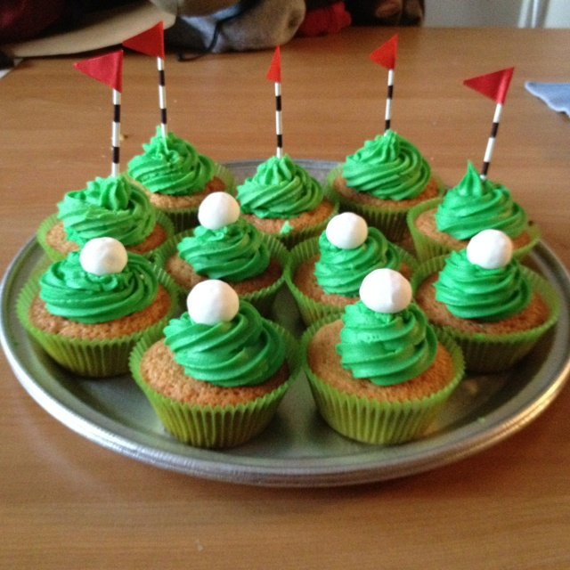 Golf Themed Cupcake Cakes