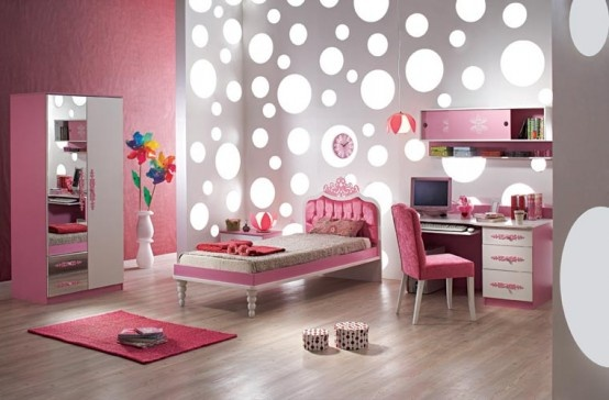 Um WOW girls room WHITE dots and lighting! silver paint pink accents, nice…