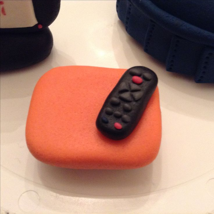 Fondant coffee table and remote control