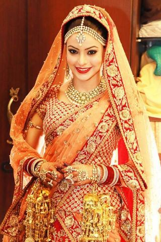 Blog - Bridal Style Tips from Sabyasachi Mukherjee