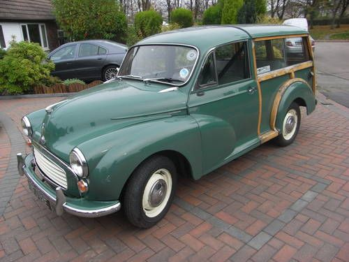 Morris Traveller - Almond Green (1967)