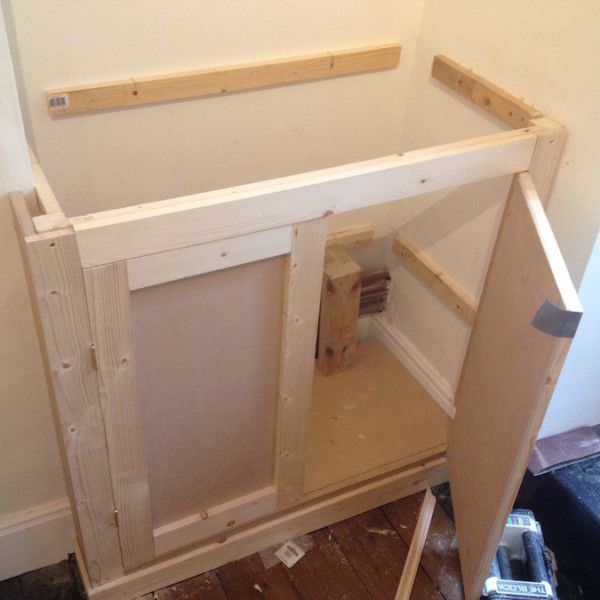 DIY Alcove Cupboard with doors fitted