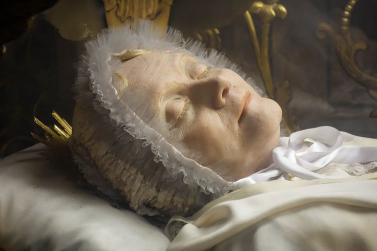 """Anna Maria Taigi (29 May 1769 - 9 June 1837), """"incorruptible saint"""""""