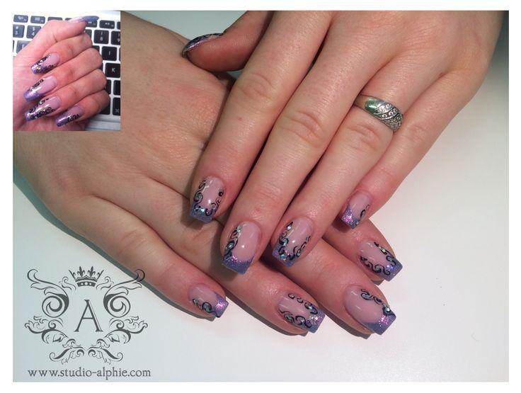 Hologram violet with black pattern.