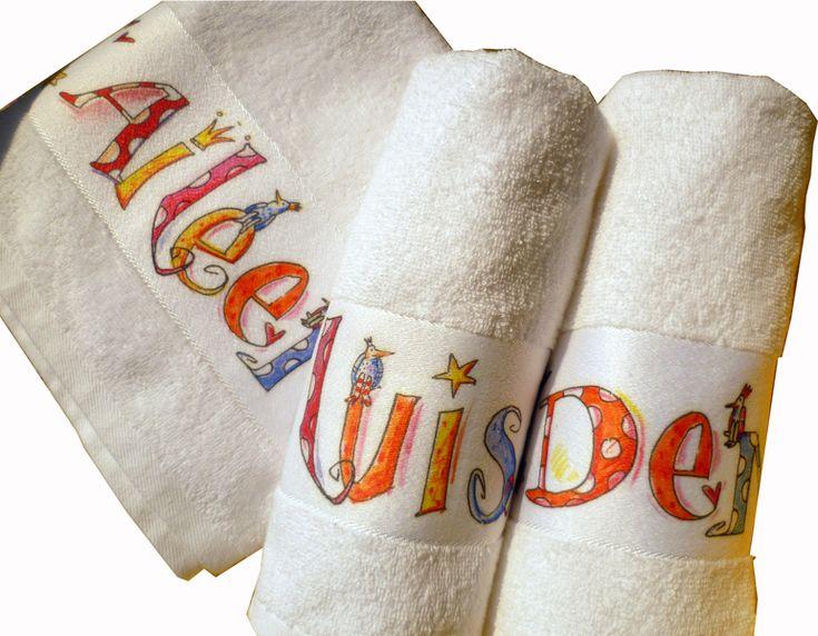 Kuscheliges Handtuch mit Namen von RosiRosinchen via dawanda.com