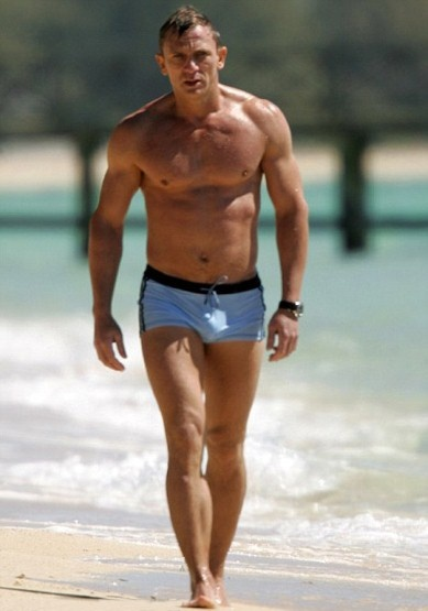 Daniel Craig  as James Bond as he emerged from the sea in these famous blue trunks!: James Of Arci, Jamesbond, Eye Candy, Daniel Craig, Bath Trunks, Casino Royals, Swim Trunks, Danielcraig, James Bond