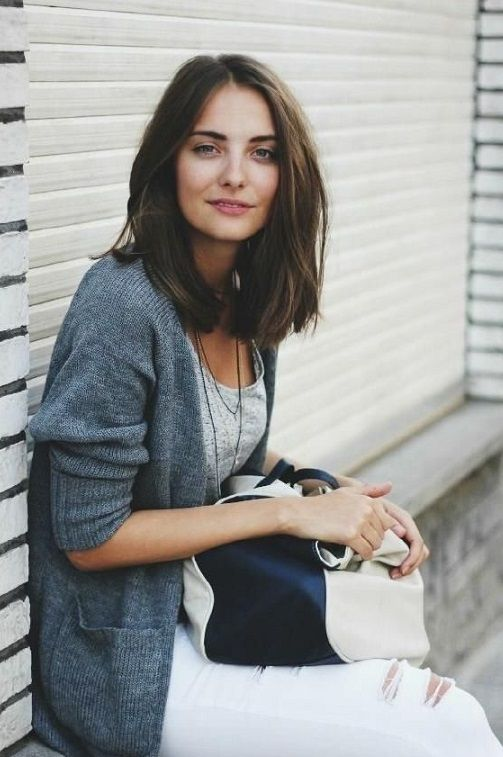 19 Fantastic Easy Medium Haircuts for Women 2018 #haircut #haircutideas #hairstyle #haarschnitte