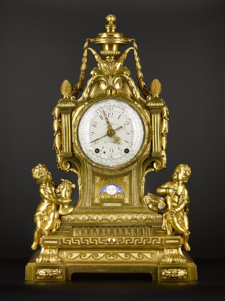 Mantel Clock, with ebonised wooden base, pendulum and key, from the Duchess' Sitting Room in Hamilton Palace by Robert Robin, Paris, France, c. 1775