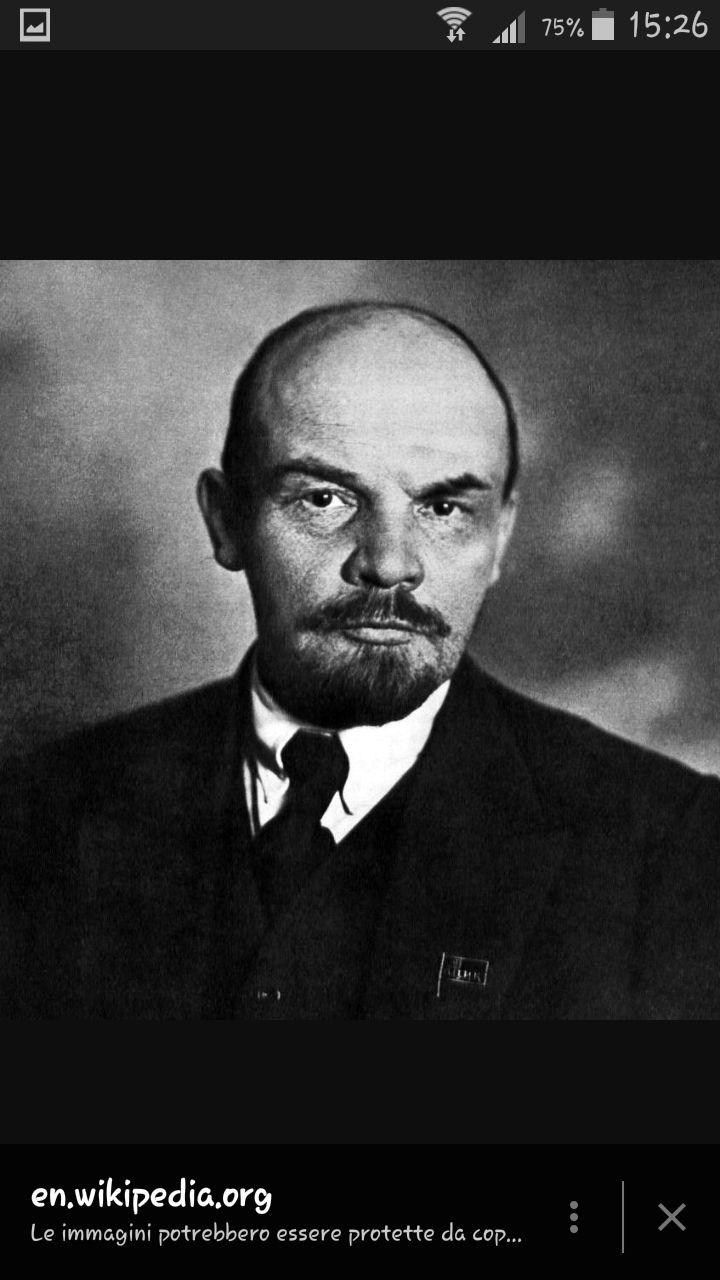 Lenin, capo del partito bolscevico dopo la caduta dello zar Nicola II.