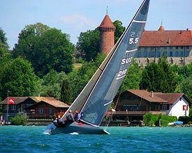 Estavayer-le-Lac et son ski nautique - Schweiz Mobil - Veloland