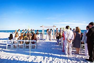 Find Destin Beach Weddings Packages that are all-inclusive, including services from our full-time, experienced Destin wedding planners.