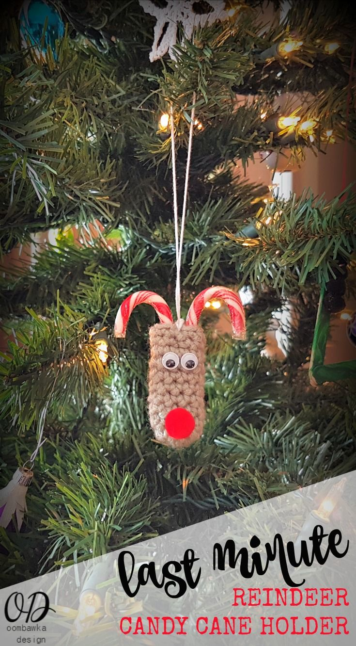 Christmas ornament holders - Last Minute Reindeer Candy Cane Holders Http Oombawkadesigncrochet Com 2016 Christmas Ornamentchristmas
