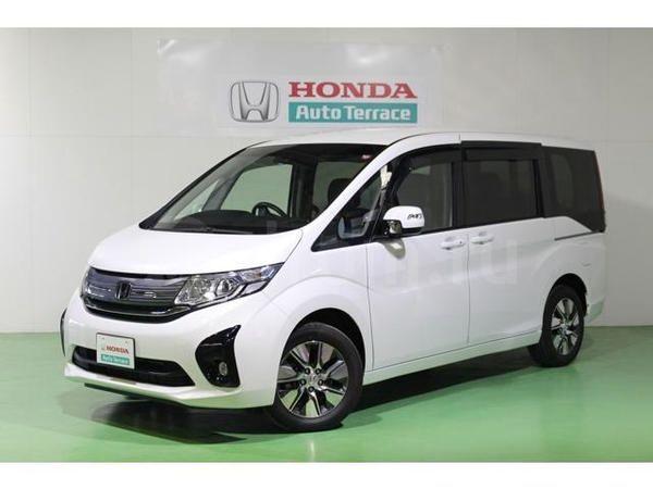 Honda Stepwgn, 2015 год, 1 400 000 руб.