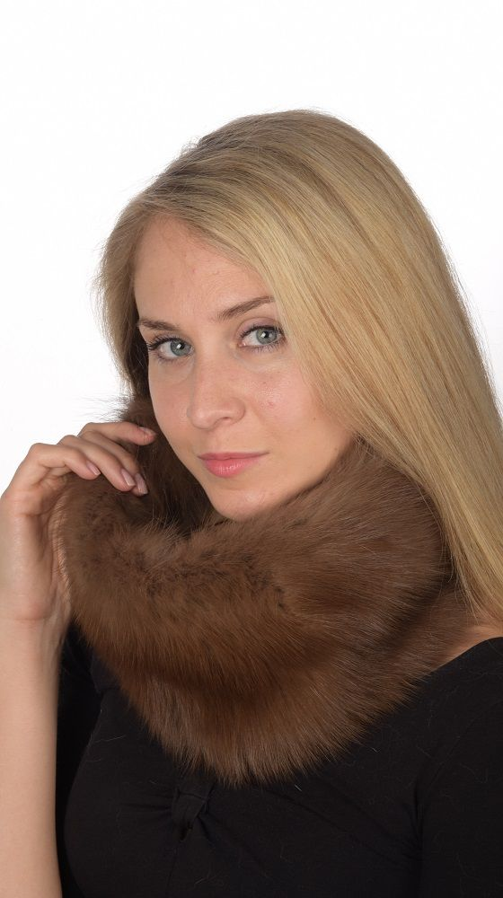 Fashionable real sable fur neck warmer. Natural fur accessory. Handmade in Italy.  www.amifur.co.uk