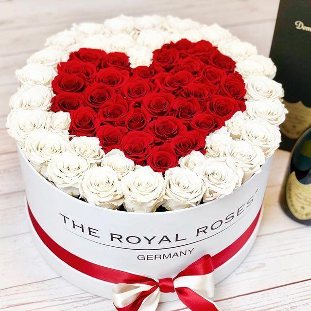 Wir Hoffen Ihr Hattet Alle Einen Wunderschonen Valentinstag Happy Valentines Day Auch Nochmal Vom The Royal Rose Rosen Box Valentinstag Blumen Blumen Geschenk