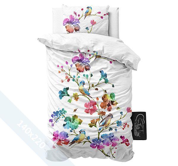 Sleeptime Pure Cotton dekbedovertrek 'Valeria'. Een éénpersoons (140x220 cm) dekbedovertrek van 100% katoen met als basis een witte achtergrond. Daarop zijn verschillende grote bloemen gedrukt in alle prachtige kleuren van de regenboog.