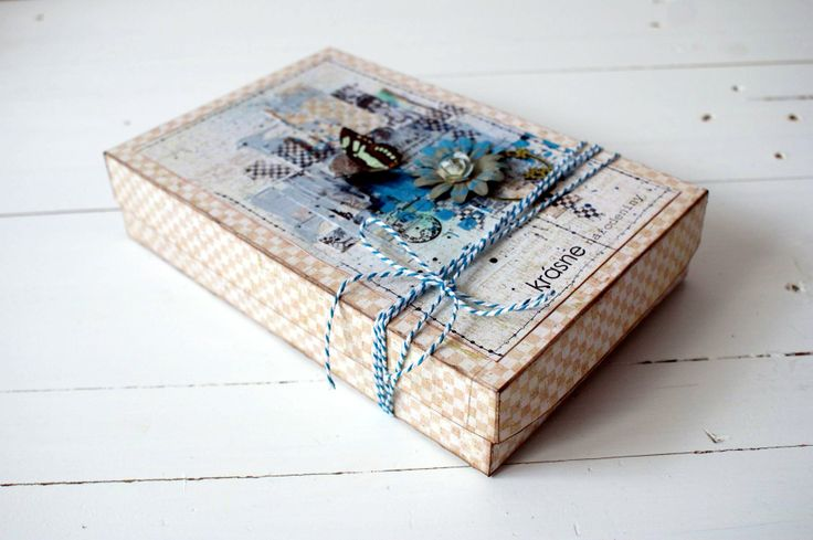 Mixed-media box for UHK Gallery