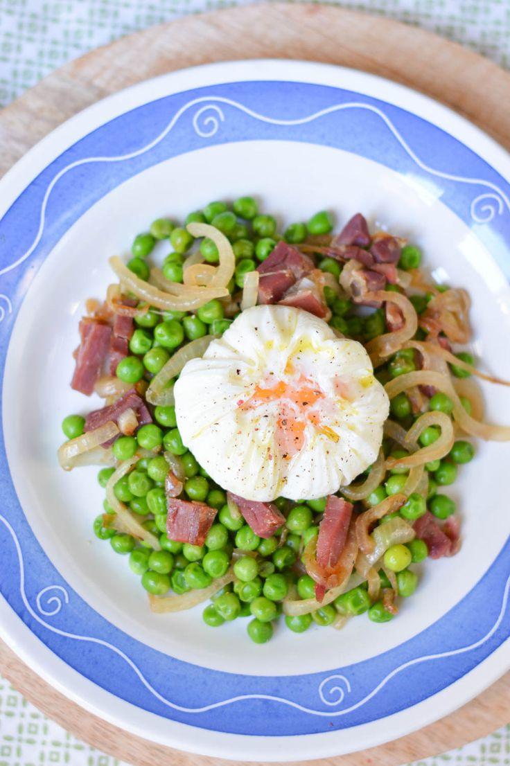 Un clásico como los guisantes con jamón no pueden faltar en tu recetario, aprende como hacer esta receta tan sencilla y nutritiva de manera detallada.
