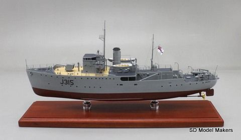 "22"" (1/100 Scale) Bathurst Class Corvette - HMAS Wagga (J315). SD Model Makers offers made-to-order museum quality naval warship models in ANY size or scale, from ANY country in ANY service era. www.sdmodelmakers.com"