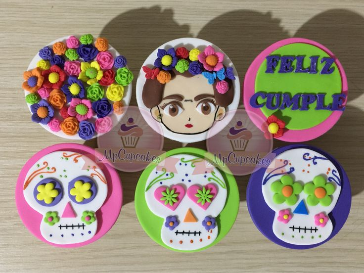 193 Best Images About CUPCAKES Y TORTAS DIBUJOS ANIMADOS