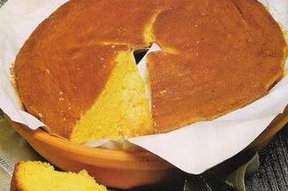 Maybe the best known cake in Portugal, this cake dates back to the 15th Century. It was made in Nunneries and, as with all Portuguese cakes, was very rich in eggs. The recipe of Pão de Ló was taken to Japan in the XVI th Century by the first Portuguese sailors. Because at the time it was also called Pão de Castela , the Japanese adopted the recipe and call it  Kasutera, one of the most typical cakes in Japan. It is similar to the sponge cake but from the fact that it was traditionally baked…