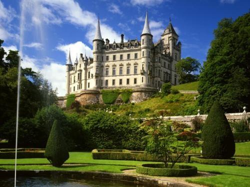 Dunrobin Castle, Sutherland, Scotland.: Scottish Highlanders, Dreams, Travel Europe, Wallpapers, Places, Dunrobin Castles, Castles Sutherland, Sutherland Scotland, Castles Scotland