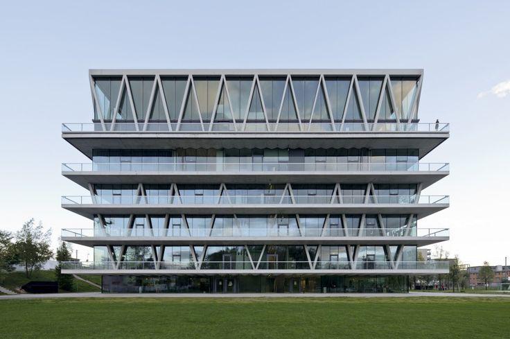 Leutschenbach School Architects: Christian Kerez Location: Leutschenbach, Saatlenfussweg 3, 8050 Zürich, Switzerland