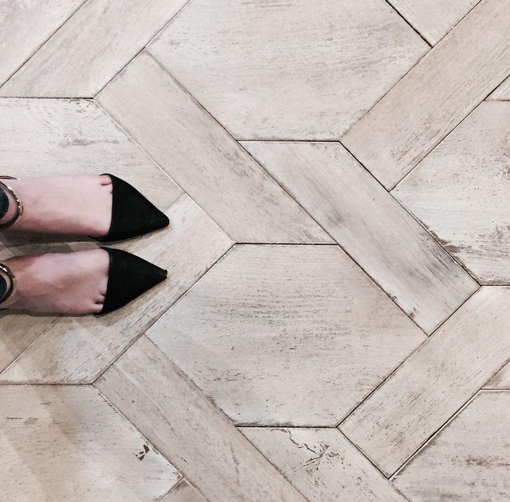 Best 25+ Wood floor pattern ideas on Pinterest | Wood floor design ...