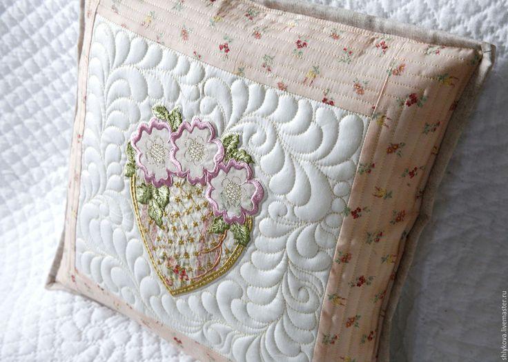 Купить Стеганая подушка. - комбинированный, подушка, декоративная подушка, стеганая подушка, подушечка, пэчворк