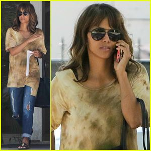 Halle Berry News, Photos, and Videos | Just Jared | Page 4