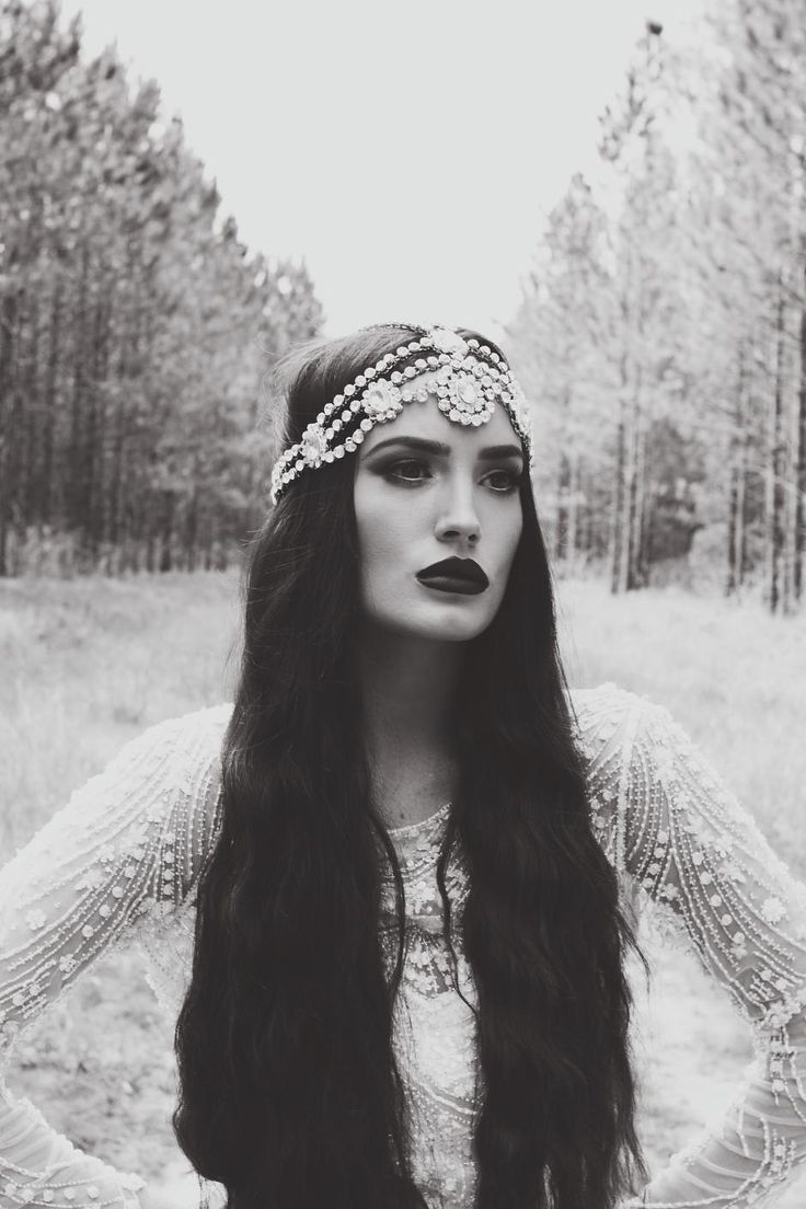 Gods, Godesses and Angels theme  Fairytale fashion fantasy / karen cox.  ♔ the huntress by charley greenfield