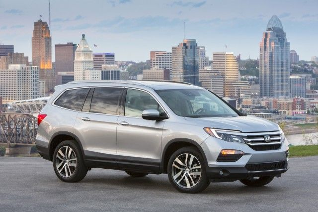 2017 Honda Pilot  https://www.diamondvalleyhonda.com