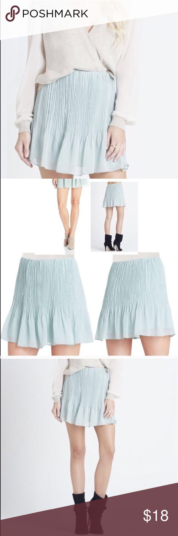 BCBG pleated mini skirt size M in Jadeite BCBGeneration pleated mini skirt size M in Jadeite. New with tag. Retail $78 BCBGeneration Skirts Mini