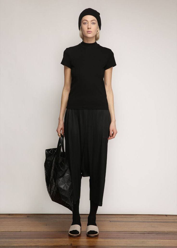 Issey Miyake PLEATS PLEASE Drop Crotch Pant (Black)
