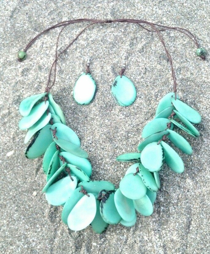 Petals mint tagua nut slices necklace (adjustable slide cord) with earrings