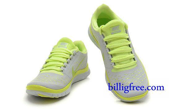 Nike Schuhe Gelbe Sohle