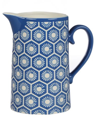 Add a bright touch to your table with this 1.7L pitcher from the Kate Reed Alicante range.