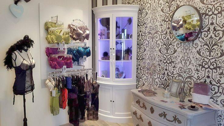 Pour les amoureux/amoureuses de lingerie chic, raffinée et glamour, je vous invite à pousser la porte de la boutique Ô Boudoir Lingerie qui a ouvert ses portes en décembre dernier, à l'initiative de Laetitia.