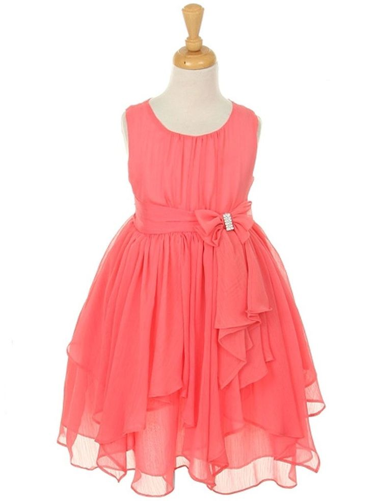 This playful gown made of soft and lovely chiffon fabric will prove to be a wonderful addition to your little girl's special occasion wardrobe. Perfect for graduations, holiday and birthday dresses, s